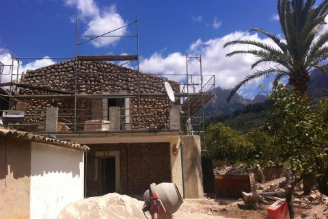 mallorca renovations, project management, project planning, on site supervision, planning permission, structural surveys, survey, landscaping, garden design, interior design, soller, services, projects, about, ronald wit, port soller, fornalutx, villa, estate, apartment, piso, townhouse, country house, art noveau, tiles